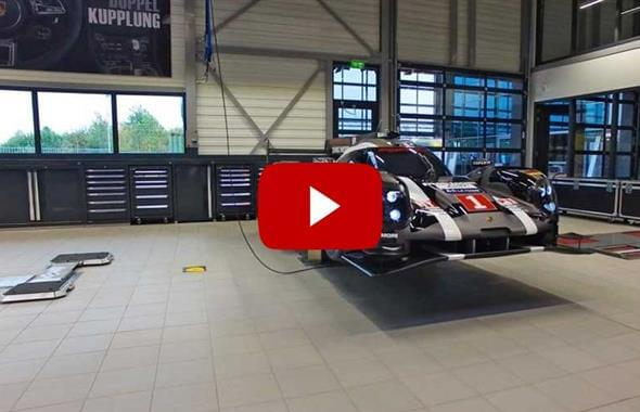 Video tour in the new Porsche Workshop in Maastricht